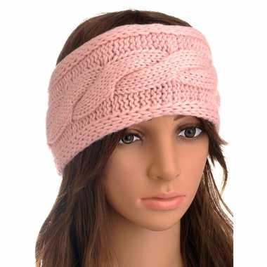 Lichtroze gebreide winter hoofdband met kabelpatroon voor dames
